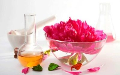 Ingredientes y cómo hacer un perfume con flores de tu jardín